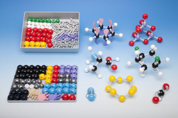 Молекулу своими руками